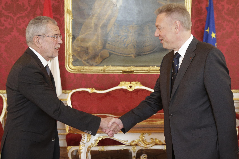 Erich Cibulka in der Hofburg bei Van der Bellen